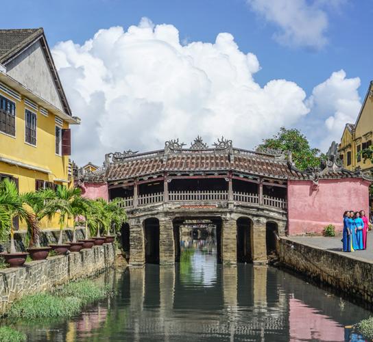Hội An famous bridge, Dan & Fani's trip to Vietnam | Buy My Morning